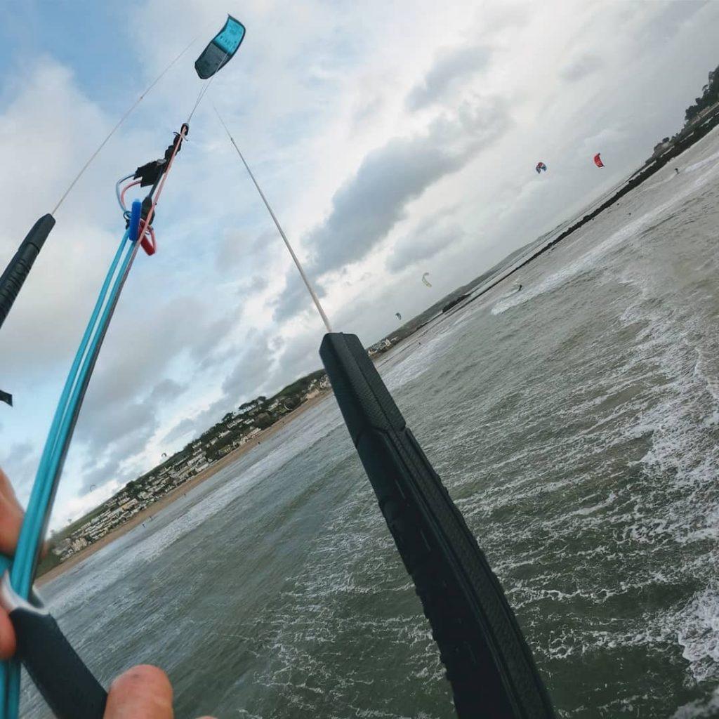 Kite loop at Marazion Beach - Kiteboarding School